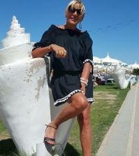foto Gemma Galgani in spiaggia