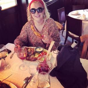 foto Tina Cipollari a pranzo