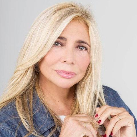 Barbara d'Urso sconfitta dalla Venier, la frecciatina sui social