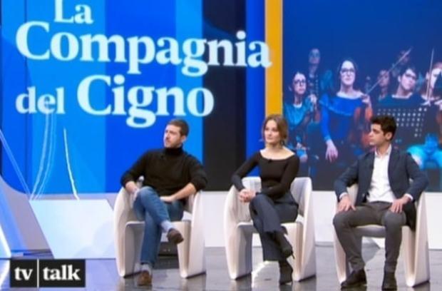 foto cast Compagnia del cigno, tv talk