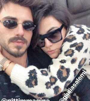 foto Francesco Monte e Giulia Salemi in treno