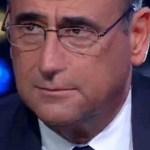 Carlo Conti svela un dispiacere e parla della finale dello Zecchino d'oro