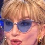 """Milly Carlucci, irruzione a La vita in diretta. Matano: """"Un colpo!"""""""