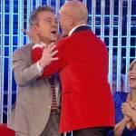 Alfonso Signorini bacia sulla bocca Pupo: pace fatta al GF Vip 4