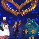 Finale Il cantante mascherato: Milly Carlucci blocca Mostro e Mastino