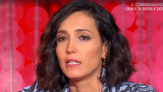 photo of Caterina Balivo in tears