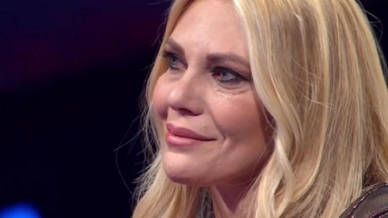 """Eleonora Daniele provata: """"Non puoi crederci"""", il messaggio struggente"""