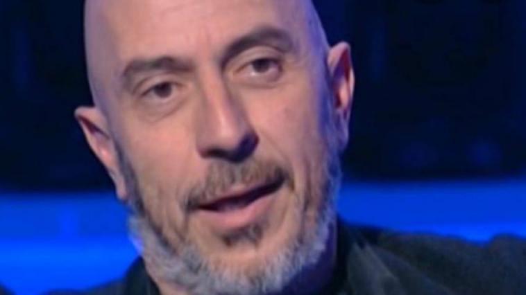 """Roberto Ciufoli svela un retroscena sull'Isola: """"Qualcuno ci trattava male"""""""