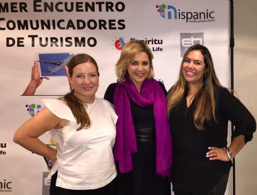 Ana Cristina Henriquez, Ana Maria Canseco y Becky Garcia.