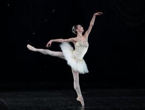 Diamonds - Coreografia George Balanchine © The Balanchine Trust - SEMIONOVA ph Brescia-Amisano Teatro alla Scala