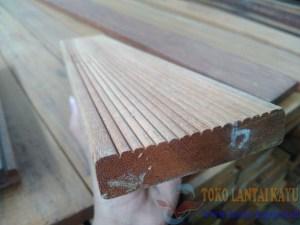 lantai kayu decking bengkirai