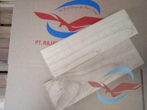 lantai Parquet kayu Sungkai