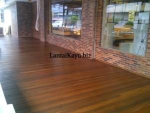 lantai kayu riau