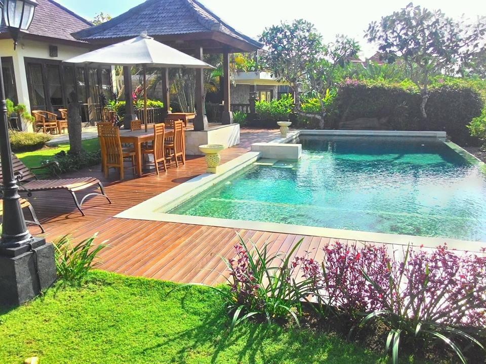 by lantai kayu indonesia