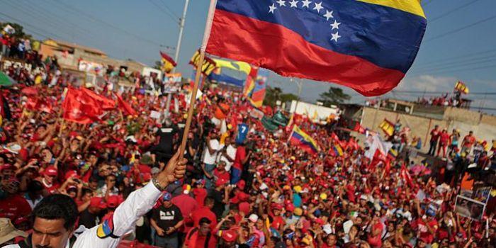 VIDEO. Il golpe morbido: come le oligarchie finanziarie tentano di sabotare il processo democratico in America Latina
