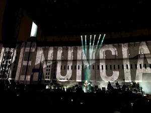 epn-renuncia-roger-waters