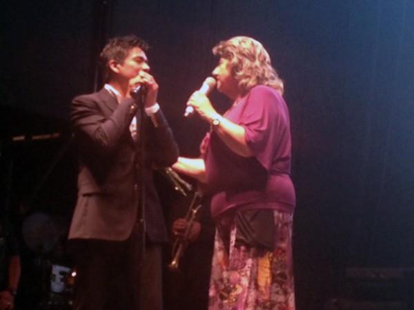 Alcaldesa Virginia Reginato, concierto dia enamorados 1