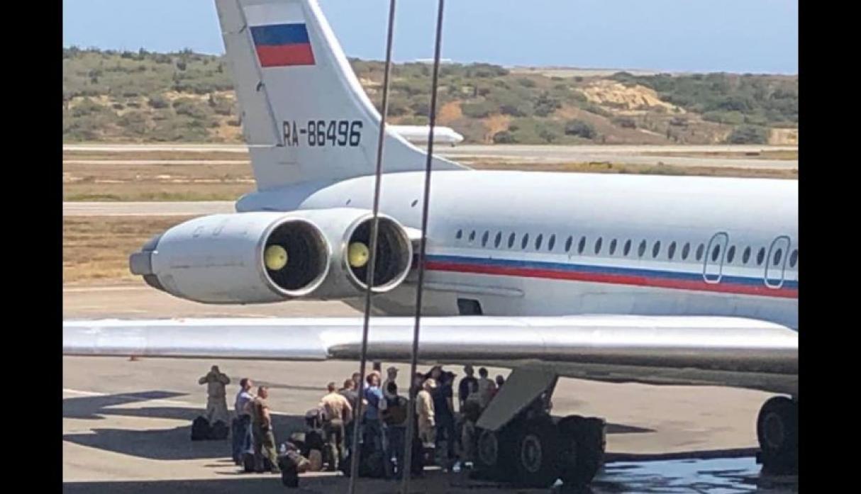 Aviones militares de Rusia con soldados aterrizaron en Caracas