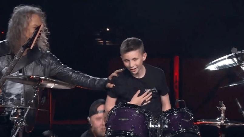 Metallica invitó a un fan de 13 años a tocar la batería