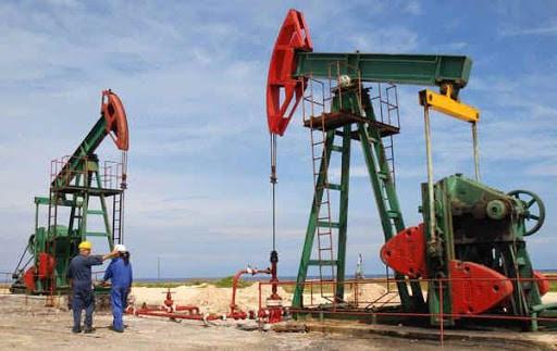 Noticias-Entretenimiento-Television Cae precio del petróleo 9%