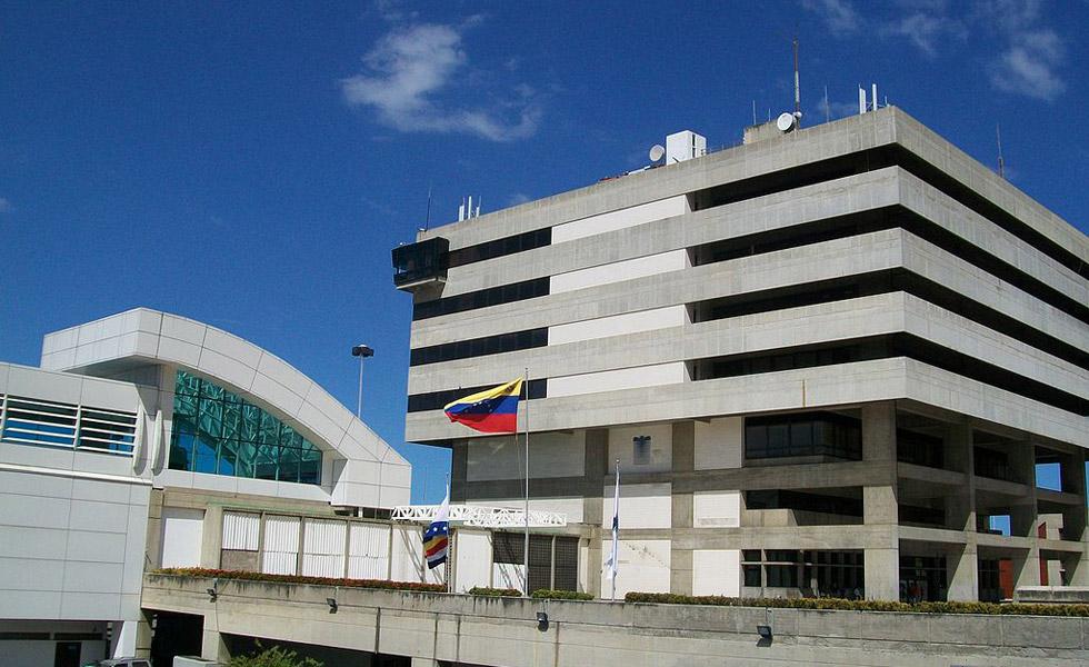 Aeropuerto-Internacional-de-Maiquetia980.jpg