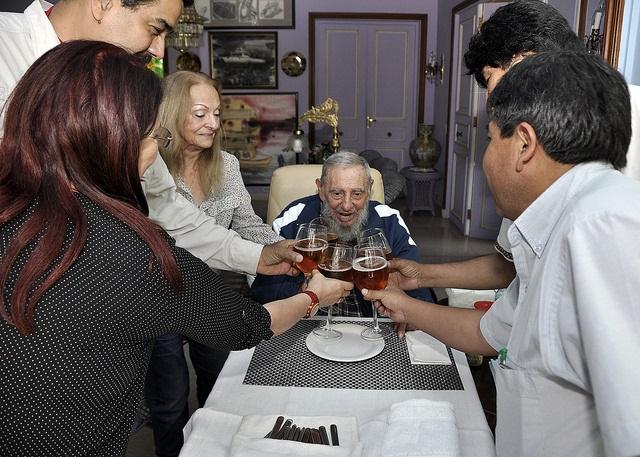 Maduro viajó La Habana para festejar el cumpleaños 89 de Fidel Castro