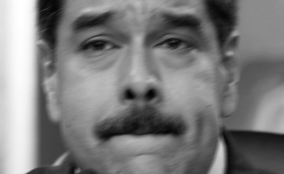 """Constituyente rechazada, popularidad inexistente, país muy mal: Maduro """"raspado"""" hasta entre chavistas (Datanálisis)"""