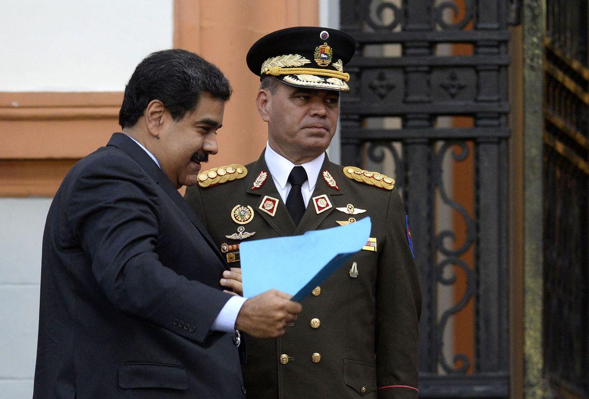 Bloomberg: Padrino López y otros funcionarios del gobierno de Maduro podrían ser sancionados por EE.UU.