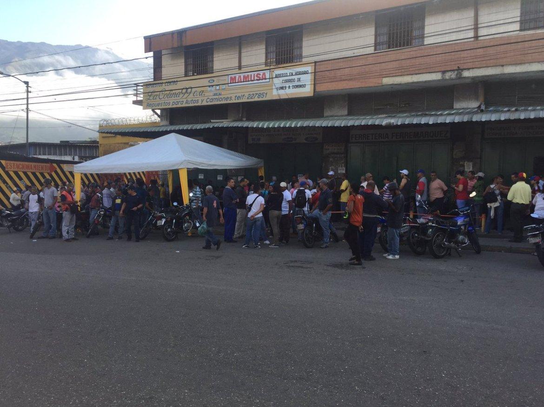 Foto:  Así se ve la consulta popular en Petare / Cortesía