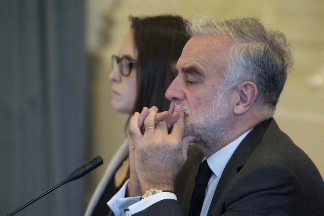 International Criminal Court prosecutor Luis Moreno-Ocampo listens to testimony at the Organization of Ameircan States (OAS) in Washington, DC, on September 14, 2017, as the OAS begins investigation into alleged crimes against humanity in Venezuela. / AFP PHOTO / JIM WATSON