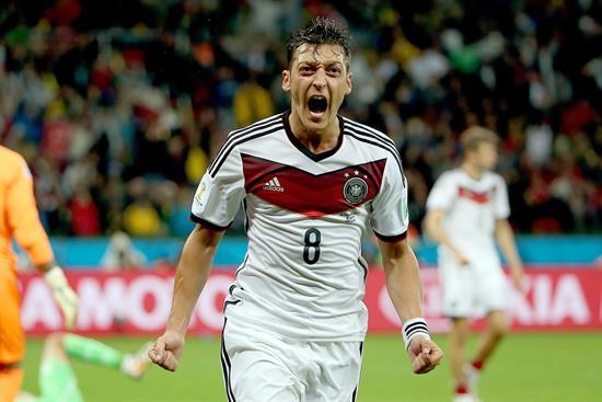 Ozil con Alemania
