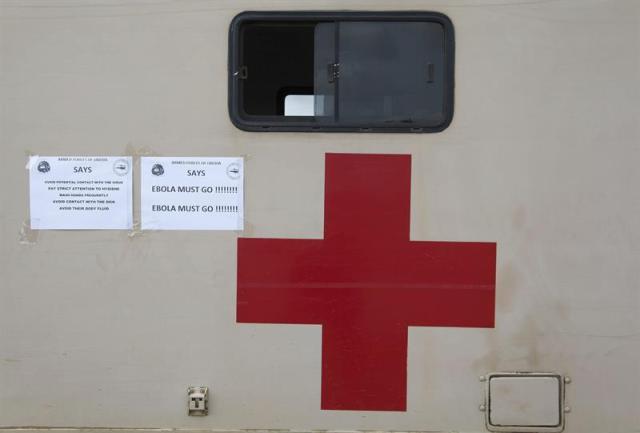 Cruz Rojo ayuda en la lucha por el ébola
