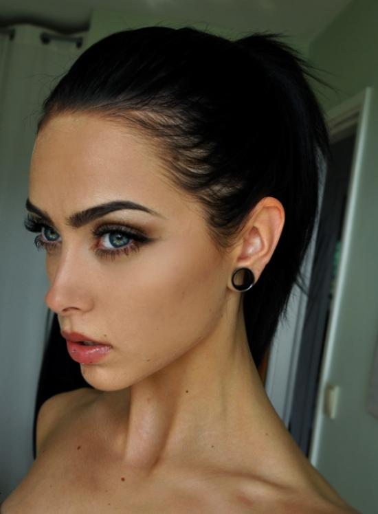 dark-hair-light-eyes-231