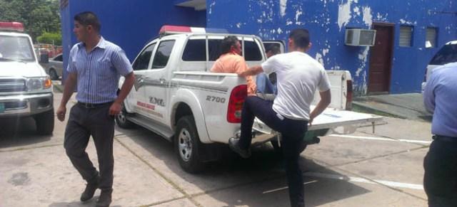 A Lenín Pirela lo trasladaron ayer a los tribunales penales. En la tarde ingresó al retén de Cabimas. (Fotos: Crisbelis María Salas)