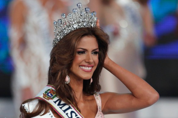 Miss Guarico, Mariana Jimenez, smiles after winning the Miss Venezuela 2014 pageant in Caracas