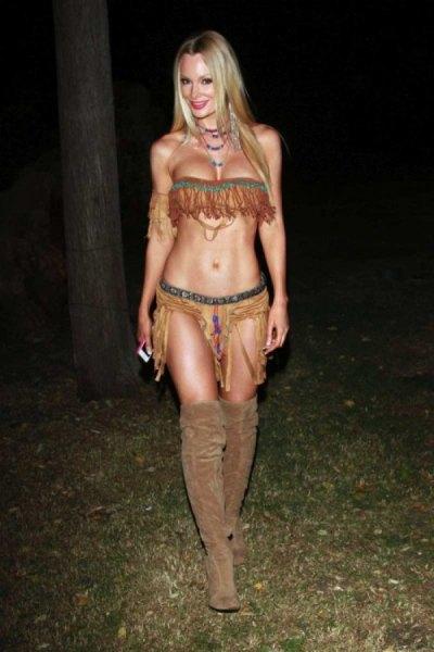 sexy-girls-halloween-costumes-48
