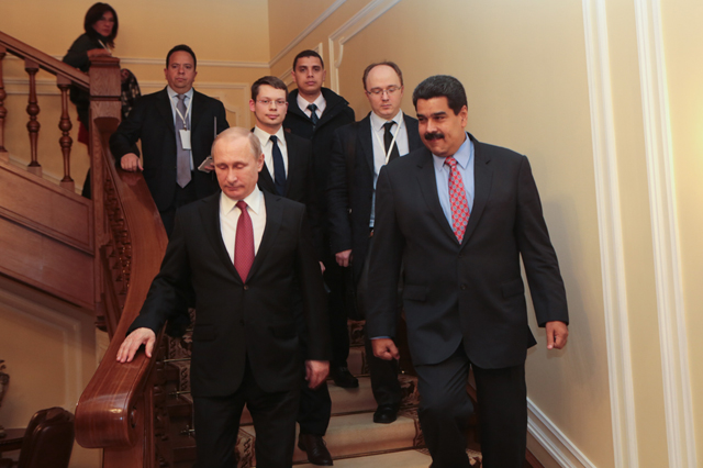 Maduro con Putin 640