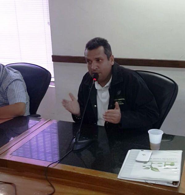 Concejal Omar Villalba sesion repudio a colas