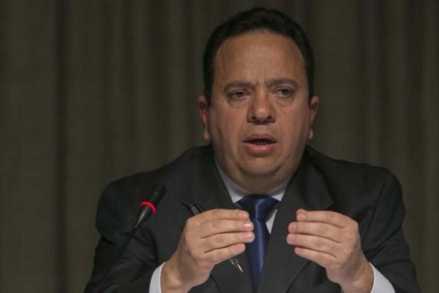 El ministro de Economía y Finanzas de Venezuela, Rodolfo Marco Torres, en una rueda de prensa en Caracas
