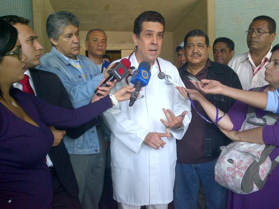 CARLOSPEREZhospitalmagallanes130515 (4)