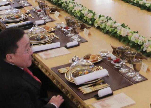 Detalle de la disposición de la mesa de la cena