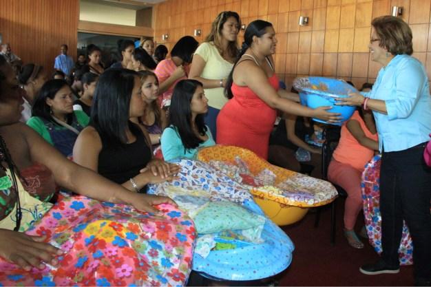 Fiesta de las madres. A. Metropolitana 2