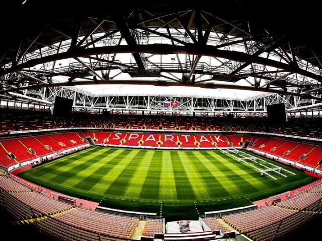 Imagen fechada el 9 de julio de 2015 que muestra el intertior del estadio Spartak en Moscú (Rusia). Rusia ha recortado en algo más de 560 millones de dólares el presupuesto para la preparación del Mundial de fútbol de 2018. EFE/Srdjan Suki