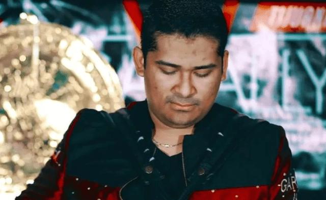 """Foto: Roberto Domínguez Trejo, vocalista del grupo """"Los Hijos del Cártel"""". (Foto: Facebook)"""
