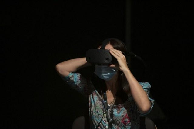 000 8PZ2L2 - Con realidad virtual, Dudamel convierte al público en miembro de su orquesta (Fotos)