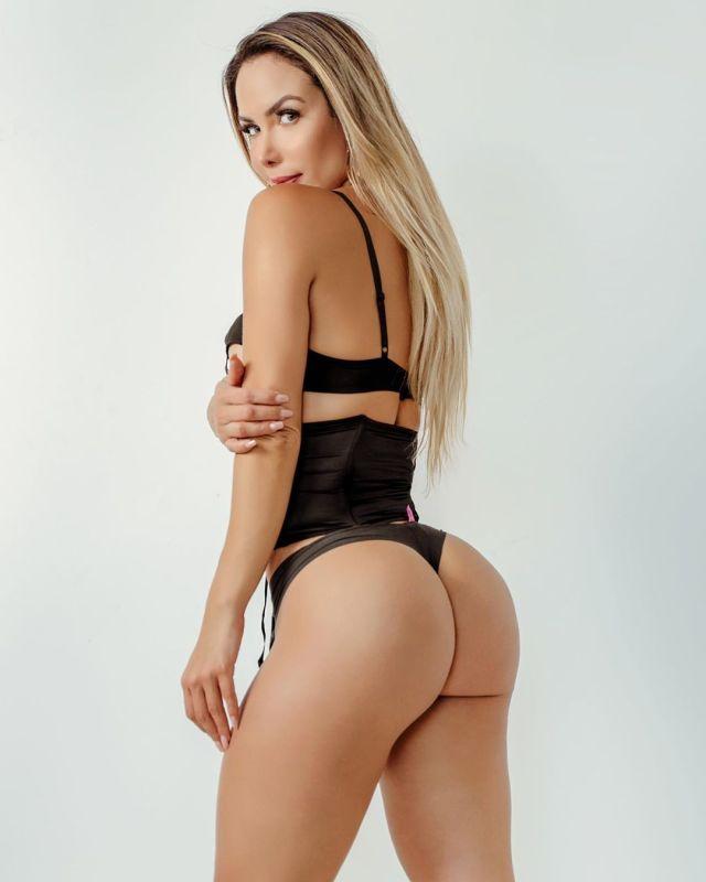 La sexy doctora que no consigue trabajo tras participar en el Miss BumBum  World (Imágenes)
