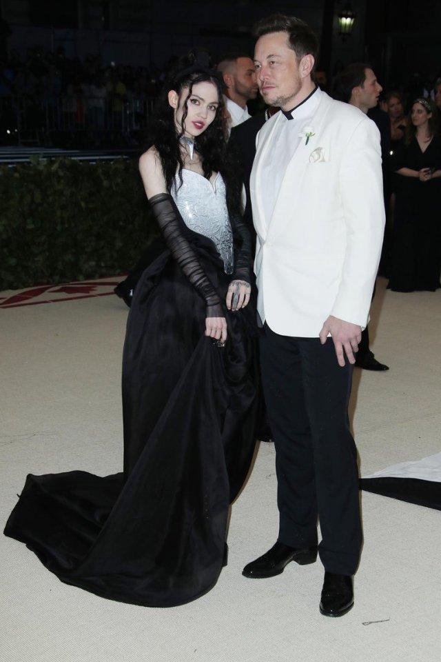 7TFUR4JX2VBZ5PRI34LW4GS5YU - Los amores de Elon Musk: Su pelea con Johnny Depp por Amber Heard a su sueño de mudarse a Marte con la cantante Grimes