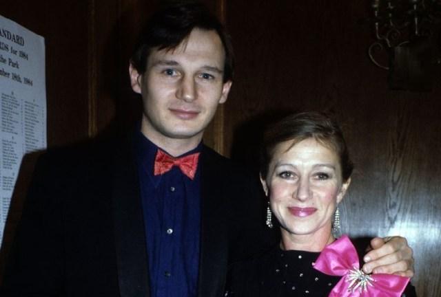 Liam Neeson y Helen Mirren - La difícil historia de Liam Neeson