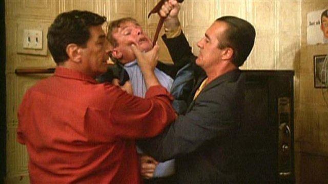 """Tony Sirico en la pelicula Buenos muchachos de Martin Scorsese - La increíble vida de Tony Sirico: De peligroso ladrón a actor de la famosa serie """"Los Sopranos"""""""