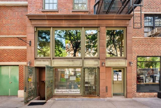 jen aniston home 12 - Así es el apartamento de 11 millones de dólares en Nueva York donde creció Jennifer Aniston (FOTOS)